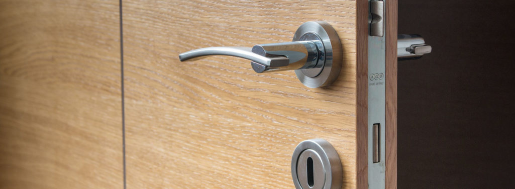 Working with a Professional Locksmith for your Project
